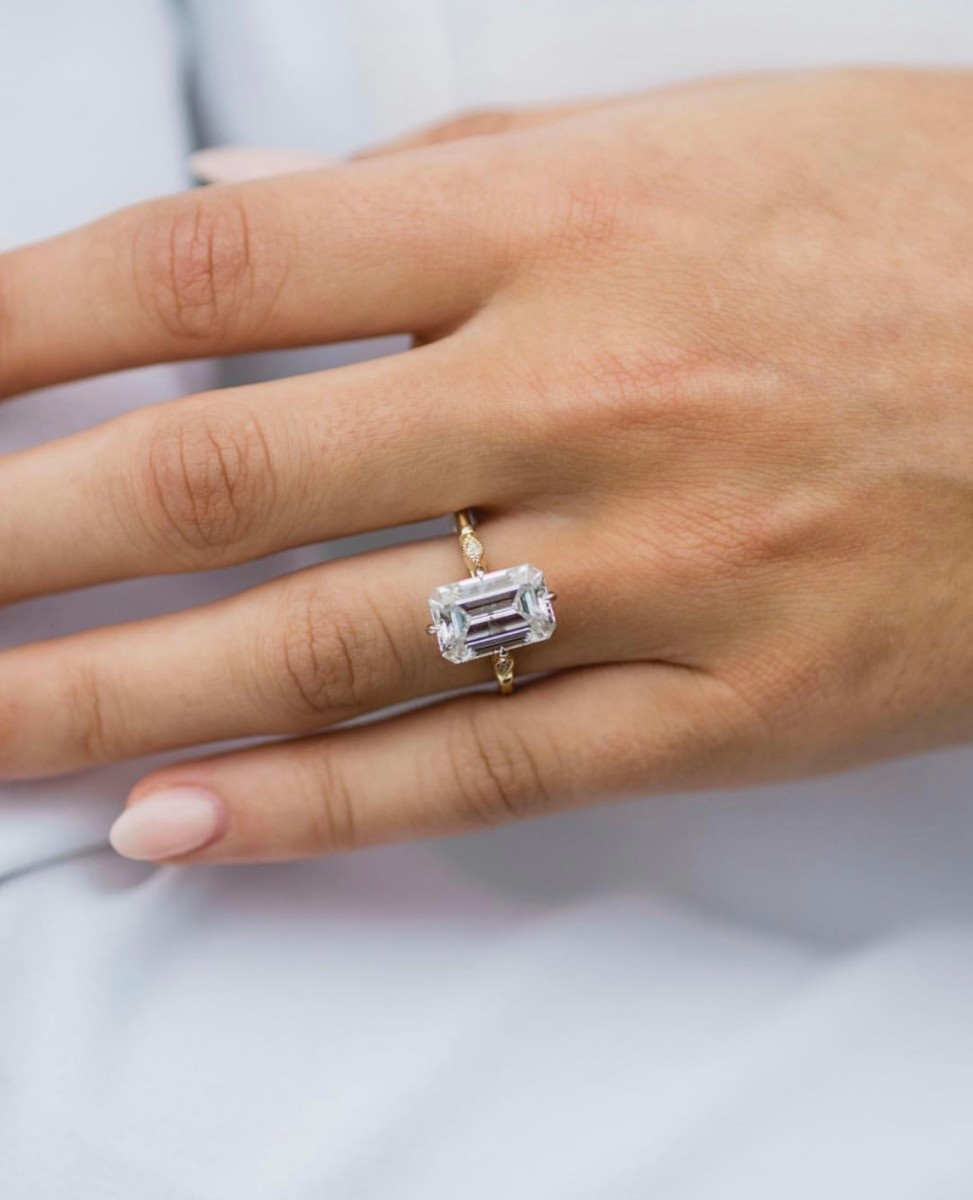 Full sized images for Rings : 5 3 Carat Emerald Cut